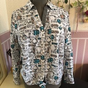 Traveling suitcase button down
